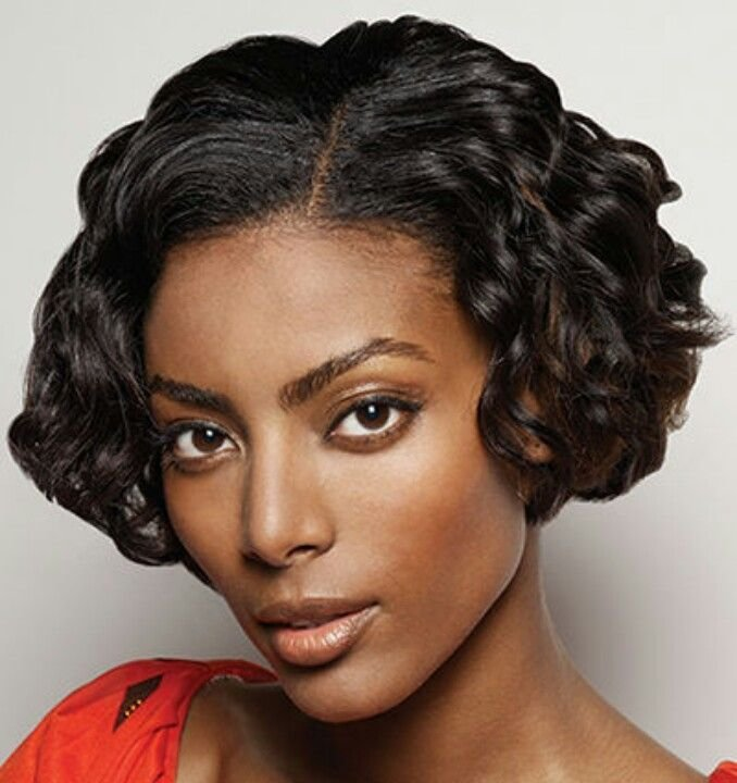 New Curly Bob Cut Just Above The Jawline With A 1920S Look Ideas With Pictures