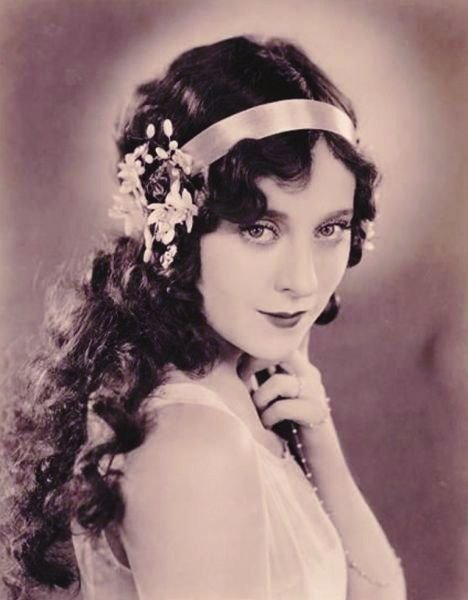 New 1900 1910 S Hairstyle Womens Hair 1910 Pinterest Ideas With Pictures