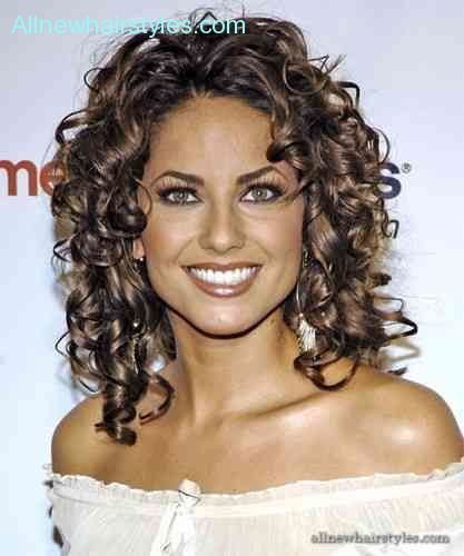 New Curly Hair Heart Shaped Face Allnewhairstyles Com Ideas With Pictures