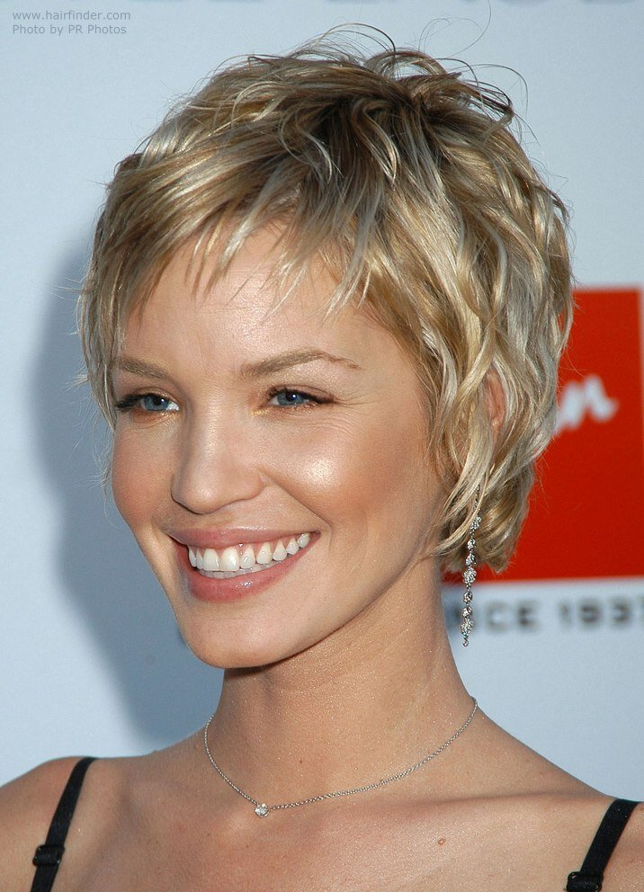 New Ashley Scott Sporting A Very Short Layered Hairstyle Ideas With Pictures Original 1024 x 768