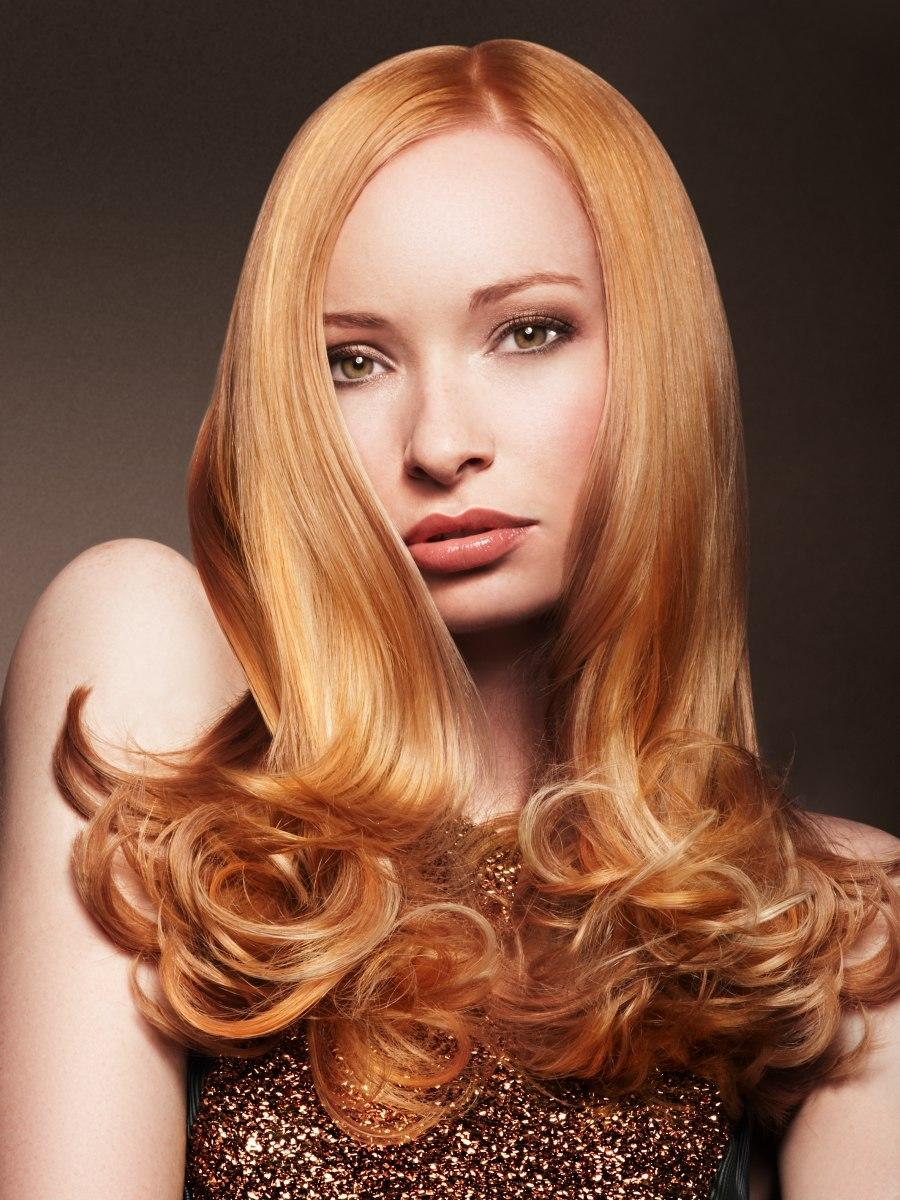 New Long Hair With Rounded Curls In The Tips For A Ladylike Look Ideas With Pictures