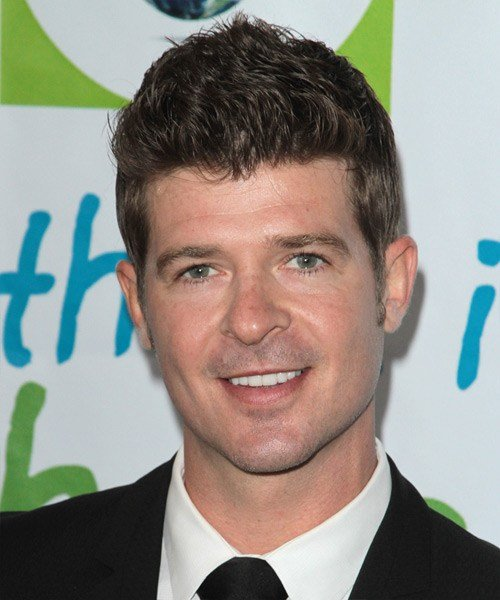 New Robin Thicke Short Straight Casual Hairstyle Brunette Ideas With Pictures