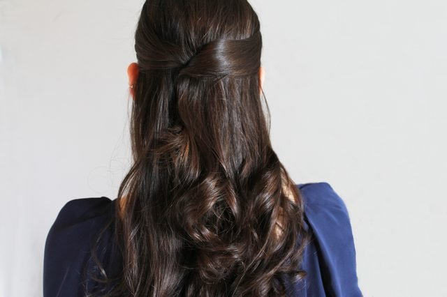 New Instructions For Easy Do It Yourself Prom Hairstyles Ehow Ideas With Pictures