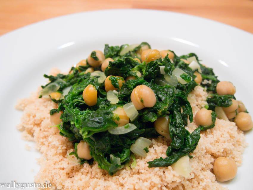 Couscous und Kichererbseneintopf mit Spinat und Safran | Filmrezepte | Buchvorstellung