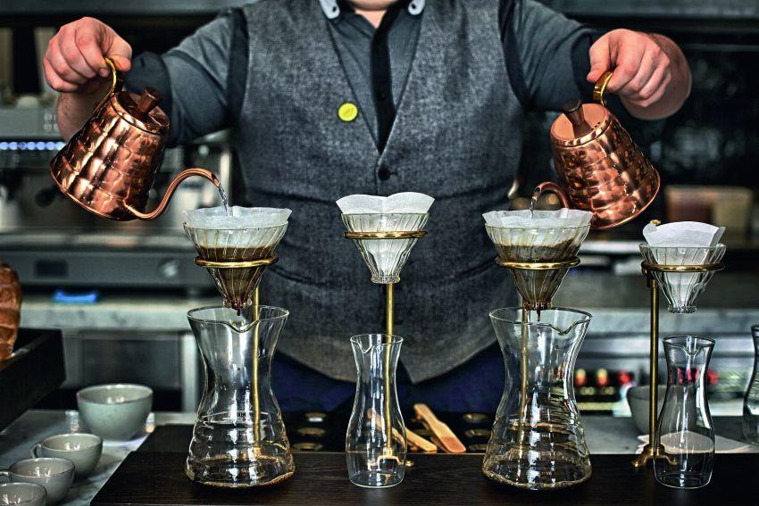 Cafe Bar in the Somerset House .© Horst Friedrichs / Anzenberger