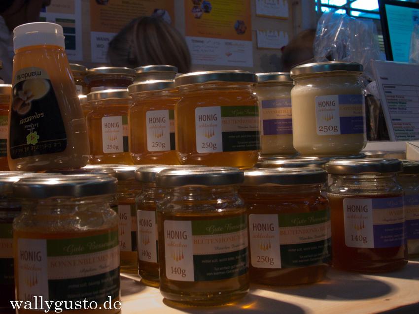 FOOD&LIFE Honigschlecken