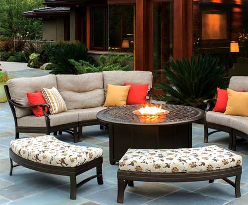 The following information will be of interest to those who are looking for the best material that is available for outdoor patio furniture.