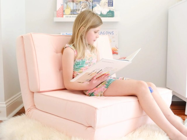 Your Zone Canvas Flip Chair
