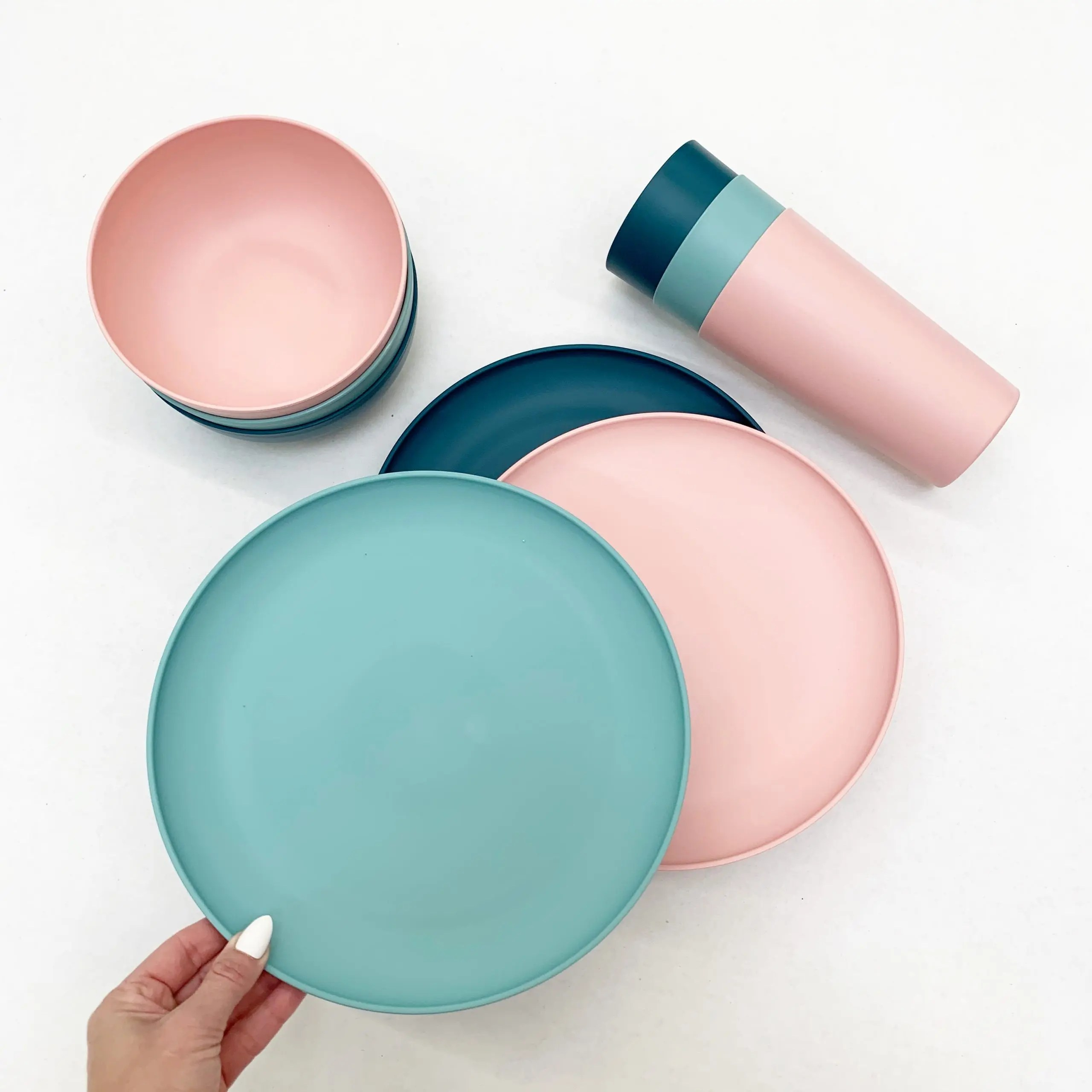 mainstays bpa free plastic plates, bowls, and cups