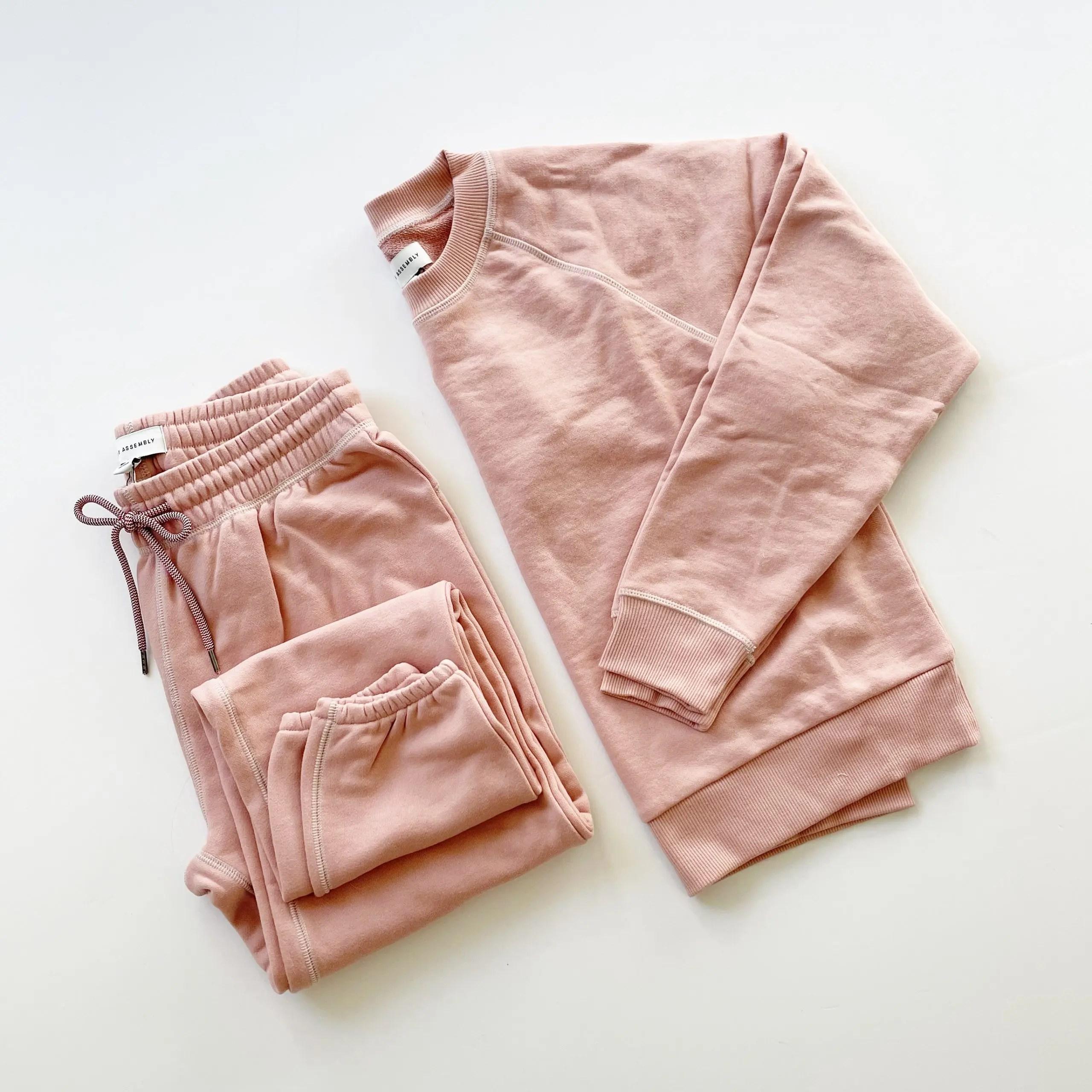Free Assembly Classic Sweatshirt and Sweatpants