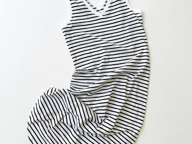 Time and Tru Double V-Neck Shirttail Dress