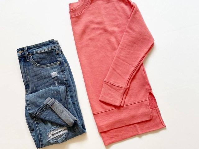 Time and Tru Crewneck Sweatshirt and No Boundaries Girlfriend Jeans