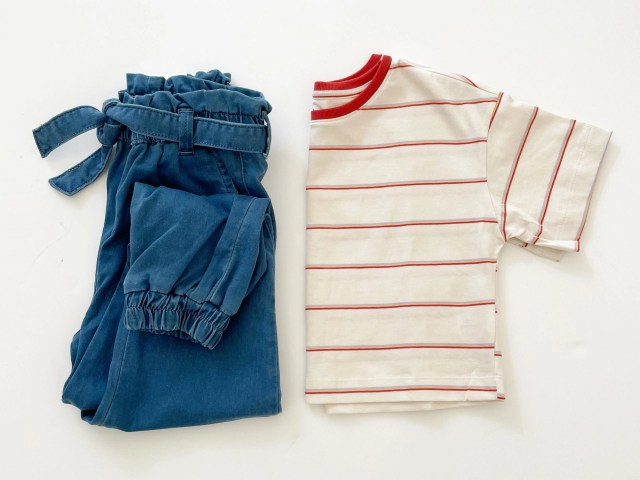 Free Assembly Girls Denim Joggers and Cropped T-Shirt