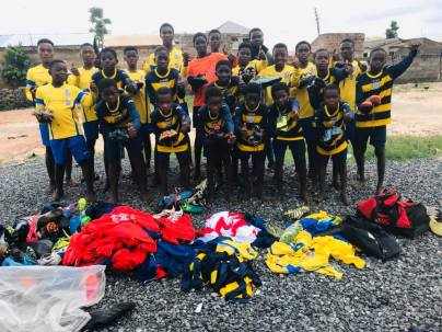 CSA receive kit from Boots 2 Africa,