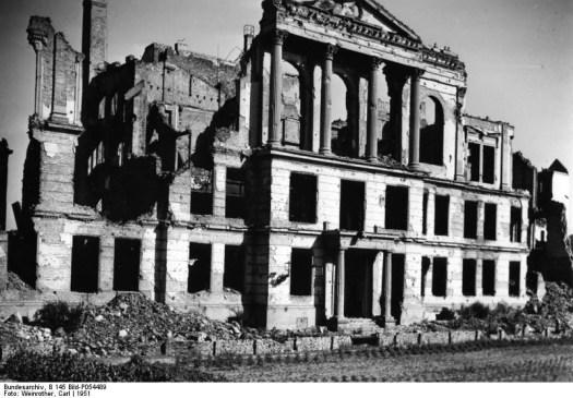 Berlin, Ruine des Volksgerichtshofes, vorher: Königliches Wilhelmsgymnasium
