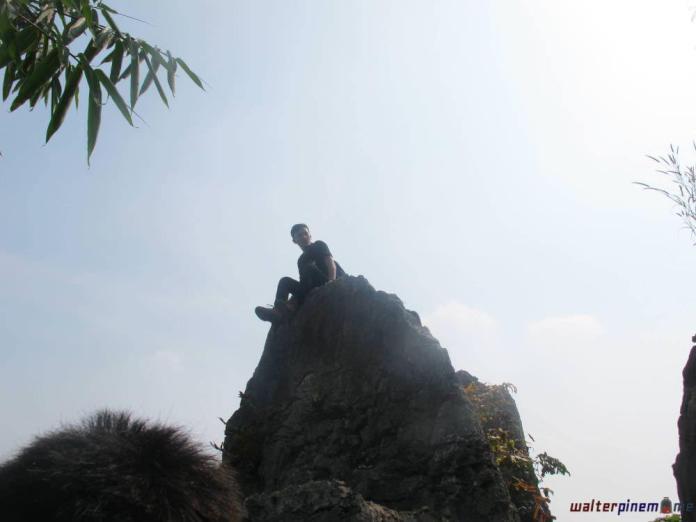 stone garden bandung taman batu padalarang 7