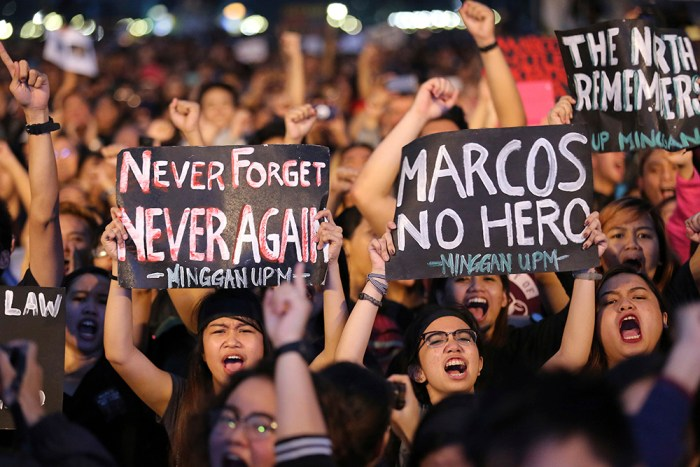 CORRECTION Philippines Marcos Hero's Burial