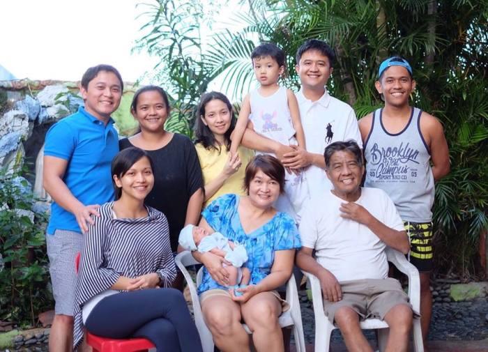 jun-family-photo