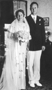 Wedding photo of John and Geraldine (Lundgren) Walvoord in 1939