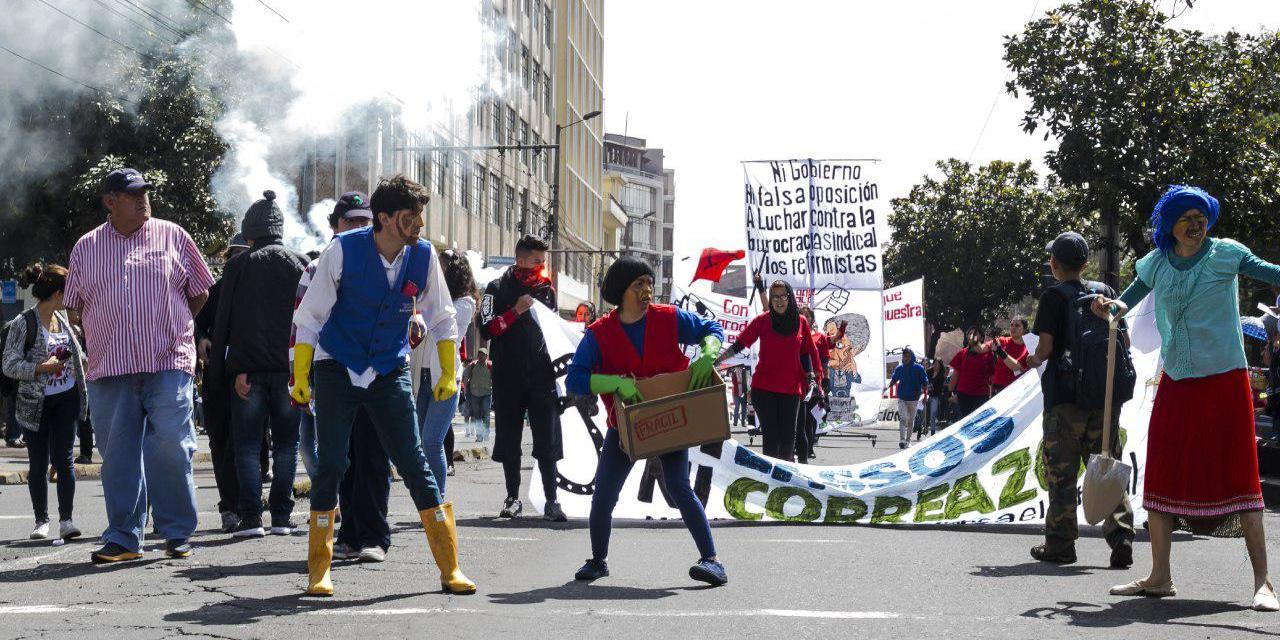 Primero de Mayo: las consignas que despiden a Correa