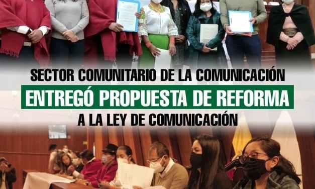 Sector comunitario de la comunicación entregó propuesta de reforma a la Ley de Comunicación