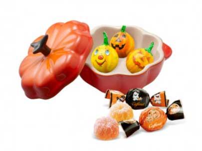 「ル・クルーゼ」と「カファレル」が限定コラボ!ハロウィンにぴったりのかぼちゃの形のアイテム♡
