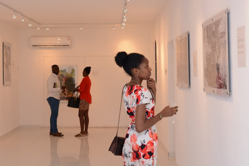 Artist Taiye Idahor at Jallo's exhibition