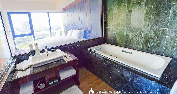 suz-river-view-suite