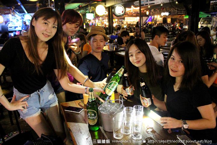 曼谷酒吧喝酒