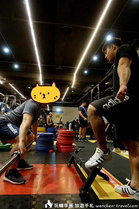 發力練習,槓鈴移動至快到膝蓋位置 教練:輔大 舉重隊 唐子鈞