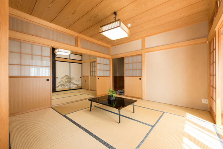 airbnb-kawaguchiko-bearhouse-japanese-room-02