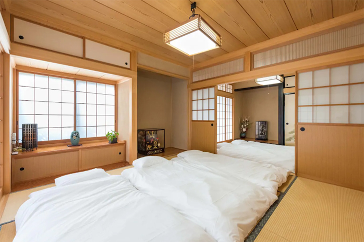 airbnb-kawaguchiko-bearhouse-japanese-room-03
