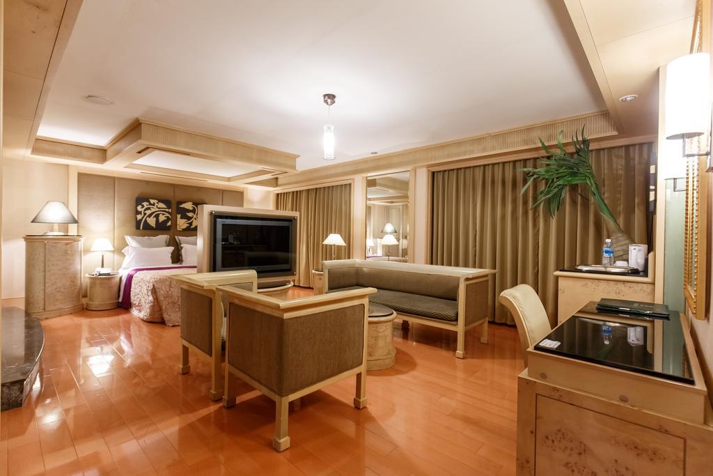 悅榕汽車旅館
