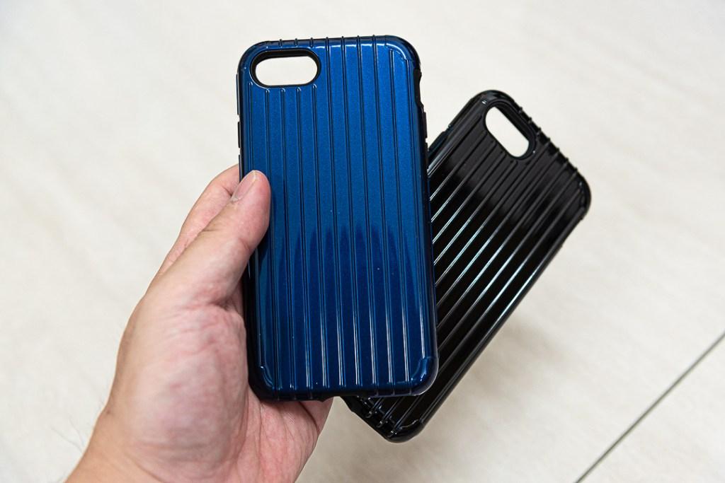 日本東京Gramas 輕巧日系的軍規防護手機殼 黑色與藍色