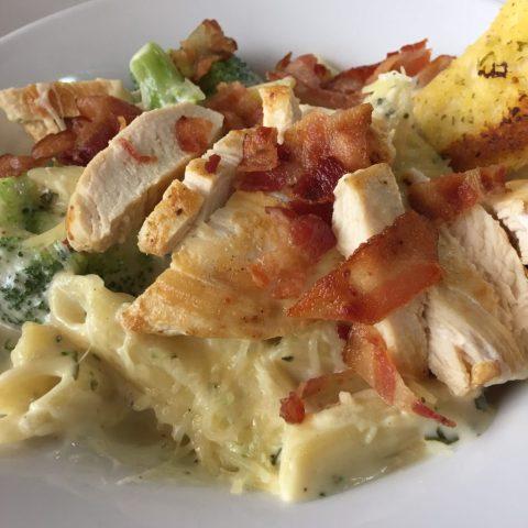 Receta de Pasta Pene con Pollo