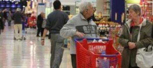 Adultos Mayores comprando