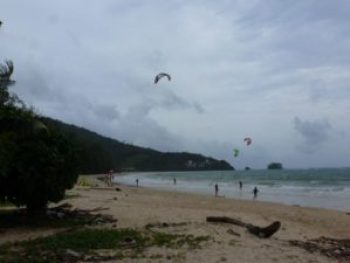 Nai Yang Beach kite surfing