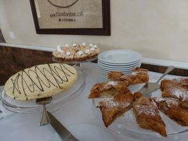 Pastries in the restaurant at lunchtime.