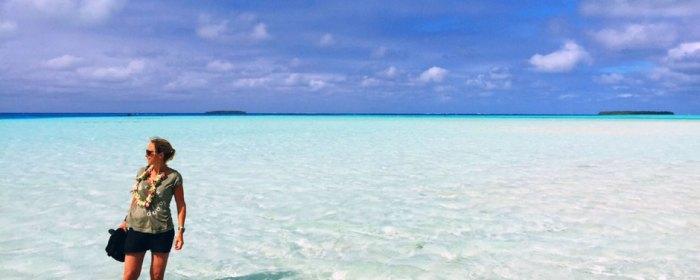 Floortje op het piepkleine eiland Palmerston (bron: NPO)