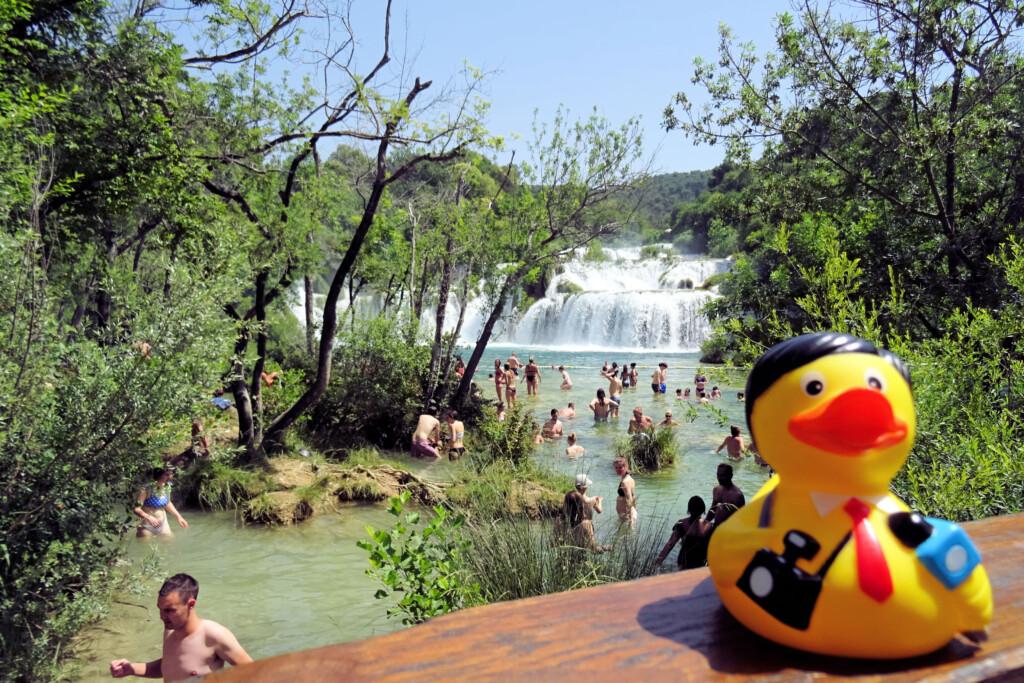 badeendjes Krika watervallen Kroatië