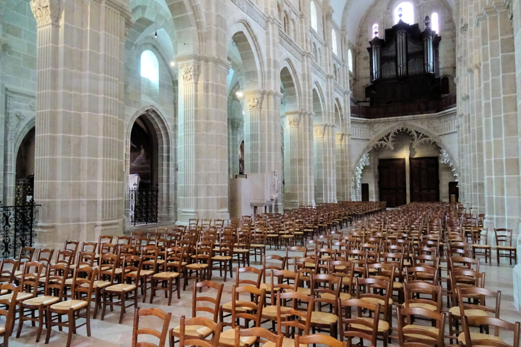 kathedraal Autun Morvan Frankrijk