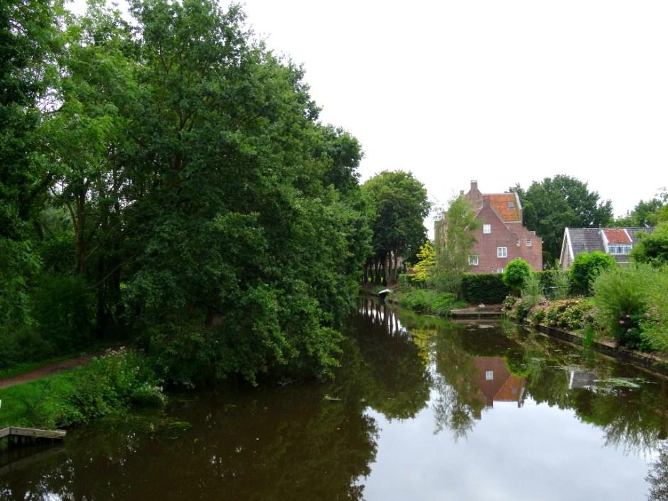 http://www.eropuit.nl/uitje/wandelen/AanbevolennieuweNSwandelingBeerschotenBilthoven611of17km/id/1000032
