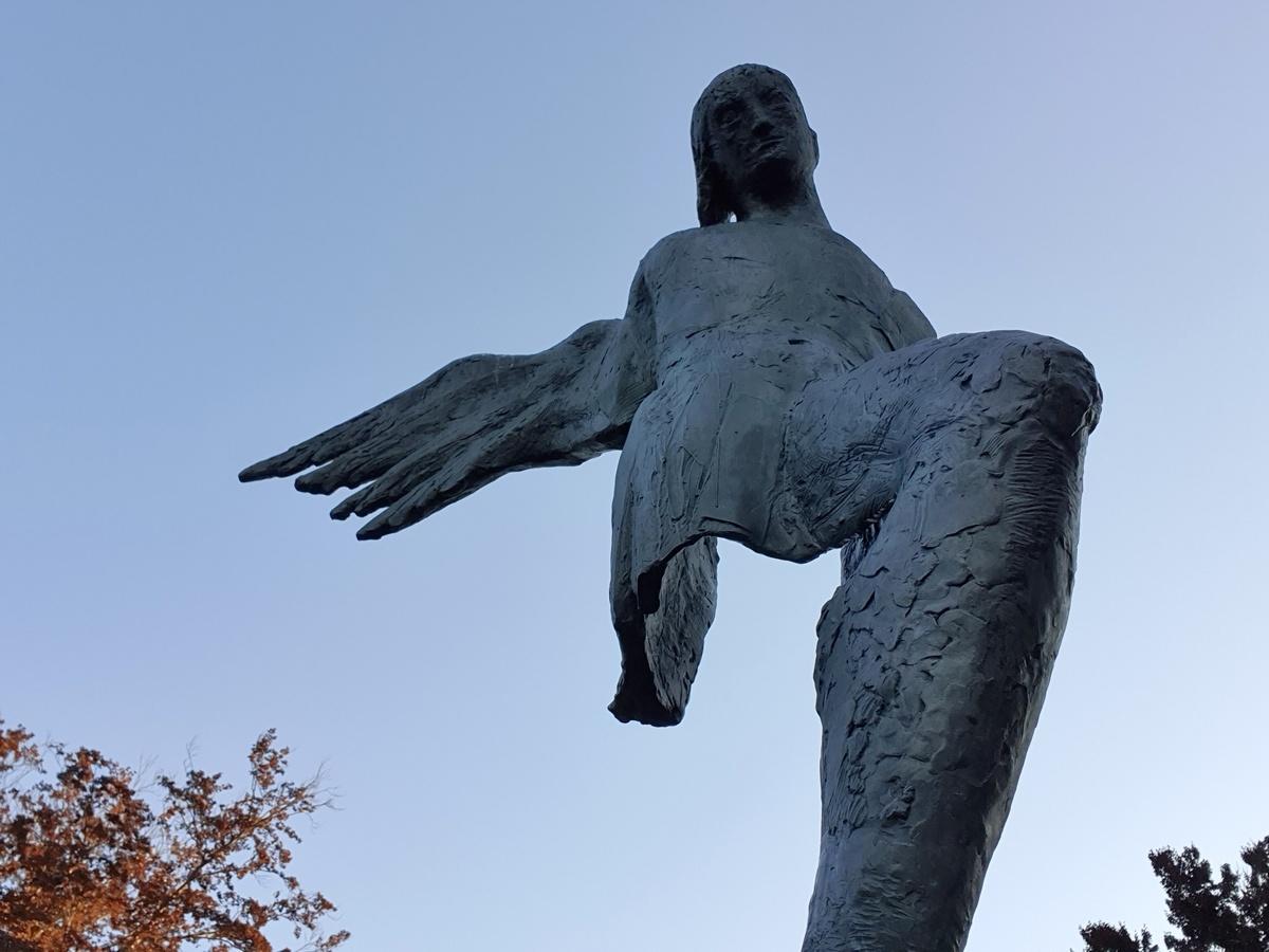 Beeld de vredesengel in Oosterbeek