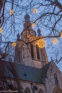Langs de historische gebouwen van Kortrijk