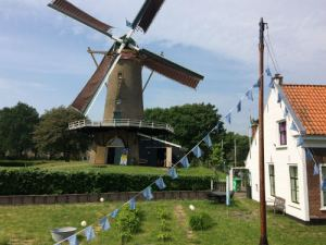 De molen en het witte huisje
