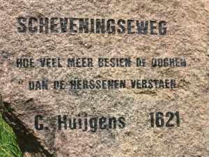 Scheveningseweg met tekst van G.Huijgens 1621