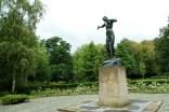 Monument nabij Wandelpark