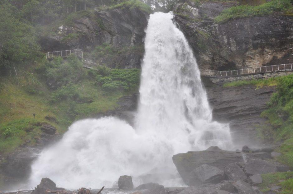 Noorwegen Hadanger Steindalsfossen