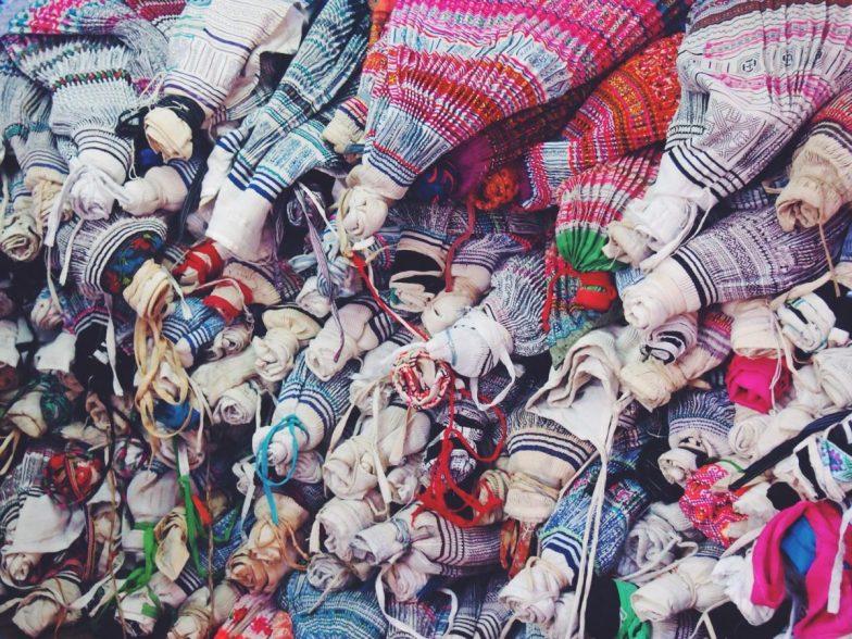 A Comprehensive Guide to Chiang Mai's Warorot Market, Ton Lamyai