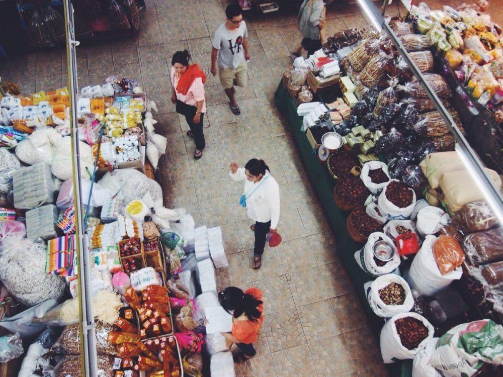 Warorot Market; talat Warorot; Chiang Mai Hmong Market; Warorot Market guide